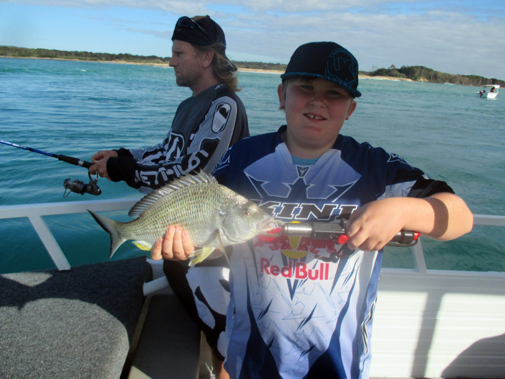 Clint from Logan with this nice 37cm Bream caught at the River mouth